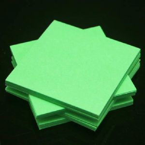 Both side colour origami, green, 6.5cm x 6.5cm, 200 sheets, (Papers not perfectly square - sold at a discount), [KY681]